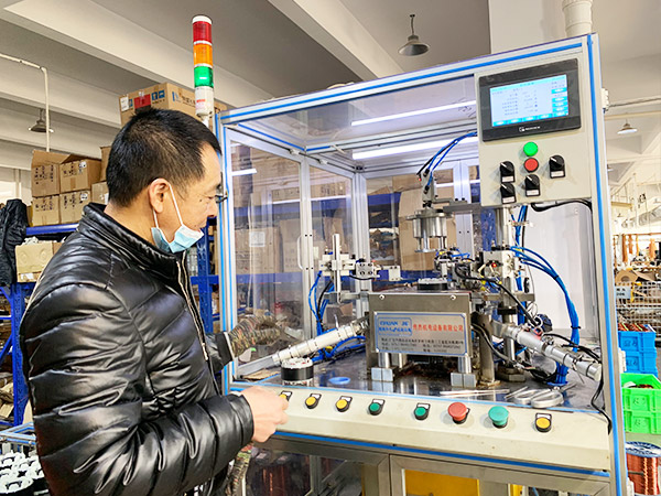 塑料机械直流电机案例